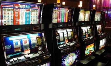 Tierra del Fuego: Joven mujer engañó a otra mayor y le sustrajo 30 mil pesos dentro de un casino