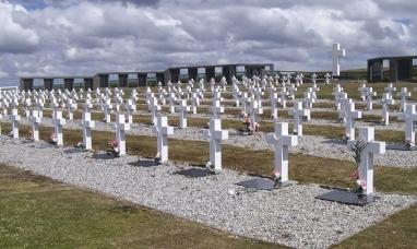 Tierra del Fuego: Las nuevas identificaciones en el cementerio Darwin en Malvinas comenzarían entre fines 2020 y principios 2021