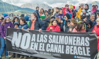 Tierra del Fuego: No a las salmoneras en el canal Beagle