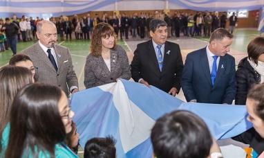 Tierra del Fuego: La legislatura encabezó el acto central por el día de la bandera en Ushuaia