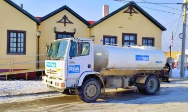 Tierra del Fuego: Los camiones cisternas municipales de Río Grande vuelven a realizar recorridos frecuentes en la margen sur