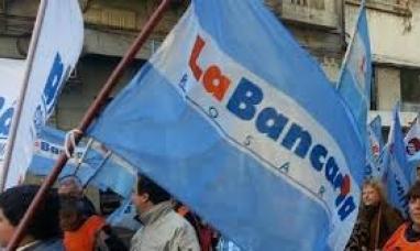 Tierra del Fuego: El martes 06 no habrá atención bancaria por el día de sus  trabajadores