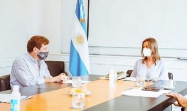 Tierra del Fuego: La ministra de seguridad de la nación junto al gobernador inaugura un scanner