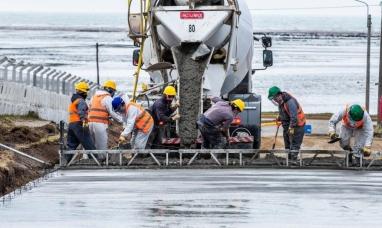 Tierra del Fuego: El municipio de Río Grande comenzó con el hormigonado de la calle Thorne