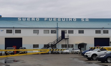 """Tierra del Fuego: Operarios de la textil """"Sueño Fueguino"""" paralizaron la producción en Río Grande"""