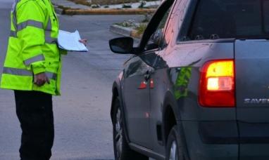 Tierra del Fuego: Un policía fue detenido por conducir ebrio y violar la cuarentena