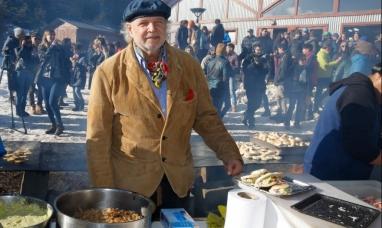 Tierra del Fuego: Prestigioso cocinero internacional en rechazo a las salmoneras