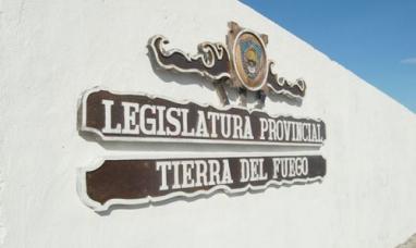 Tierra del Fuego: Recomposición salarial para el personal legislativo