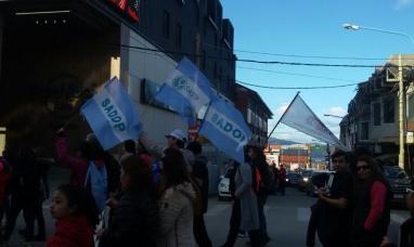 Tierra del Fuego: SADOP reclama el bono de fin de año nacional y provincial