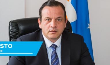 Tierra del Fuego: El secretario de seguridad, apunta contra el intendente riograndense y ex empleados municipales, en relación a dominicanos y la droga