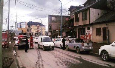 Tierra del Fuego: Una joven madre y su bebé cayeron desde un primer piso en Ushuaia