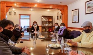 """Tierra del Fuego: La vicegobernadora se reunió con """"Vecinos activos del fin del mundo"""""""