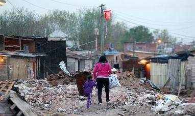 """La universidad católica Argentina revela que hay 600 mil menores en condición de """"pobres"""""""