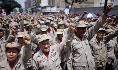 Venezuela: Maduro moviliza a sus fuerzas armadas ante la amenaza militar de Trump