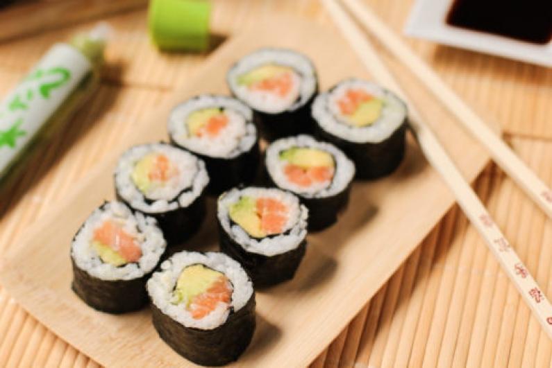 El sushi en la mira: advierten sobre su consumo en todo el país