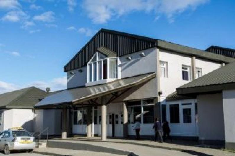 Tierra del Fuego: El juez Césari realizó una inspección en el hospital de Río Grande por denuncia de mala praxis