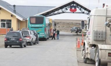 Aduana chilena anunció un paro de actividades a partir del lunes 13