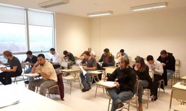 Antártida Argentina: Ciento veinte personas se inscribieron para trabajar en informática y electrónica