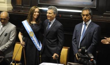 """Asumió Vidal: """"Recibimos una provincia quebrada, deficitaria y llena de deudas"""""""
