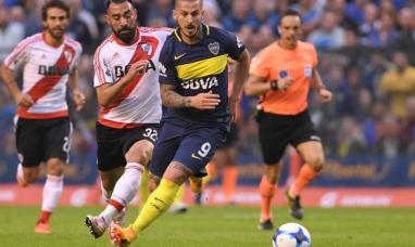 Boca le ganó a River un nuevo superclásico donde hubo tres goles y dos expulsiones