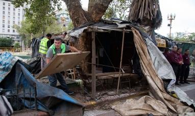 Buenos Aires: Desalojaron acampe de ex soldados conscriptos