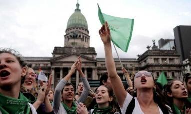 Buenos Aires: Diputados fueguinos acompañaron con su voto favorable asesinar inocentes mediante la legalización del aborto
