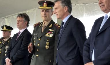 """Buenos Aires: El Presidente aseguró que las fuerzas armadas deben dar """"apoyo logístico a las fuerzas de seguridad"""""""