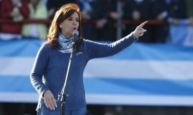 """Con críticas al gobierno de Mauricio Macri, Cristina Kirchner lanzó """"unidad ciudadana"""", pero no confirmó si se presentará como candidata"""