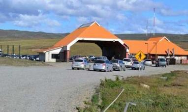 Empleados de la aduana chilena levantaron el paro tras llegar a acuerdo con el gobierno