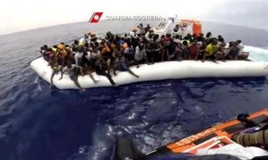 España: Rescataron en la costa de Andalucía a 569 inmigrantes africanos