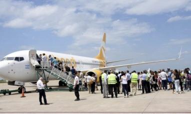 Los pasajeros de Flybondi se quedaron con lo puesto
