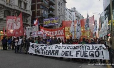 Manifestación en apoyo a trabajadores de Tierra del Fuego