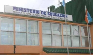 El ministerio de Educación decidió suspender la actividad para este miércoles en Ushuaia