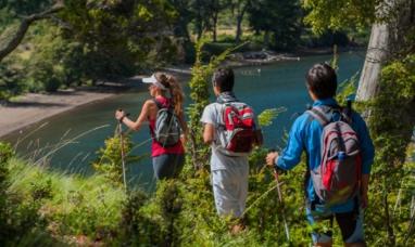 Neuquén: Productores apuestan al turismo en el peri lago Nahuel Huapi