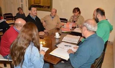 La Pampa: Modifican una ordenanza para permitir fumar en espacios de acceso público