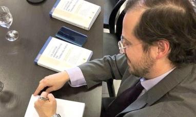 """Presentaron el libro """"La justicia administrativa en Tierra del Fuego"""""""