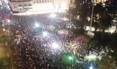 Protestan frente a la Casa de Gobierno por las irregularidades en los comicios