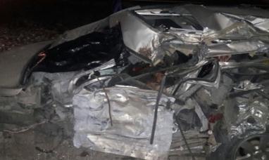 Santa Cruz: Dos muertos y tres heridos graves tras choque frontal en Garayalde