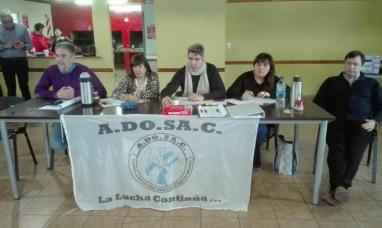 Santa Cruz: A la espera de una propuesta concreta, congreso docente determinó 48 horas de paro
