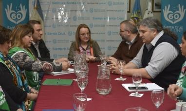 Santa Cruz: La gobernadora  se reunió con representantes de ATE