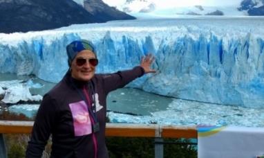 Santa Cruz: María de los Ángeles Musumeci corrió en el glaciar para pedir que seamos donantes médula ósea
