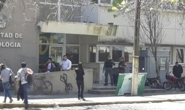Santa Fe: Provocación de gendarmería en acto estudiantil que reclamaba la aparición de Santiago Maldonado