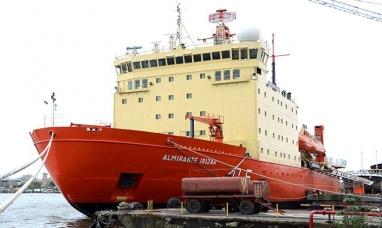 Tierra del Fuego: ARA almirante Irízar concluyó la primera etapa de la campaña antártica de verano