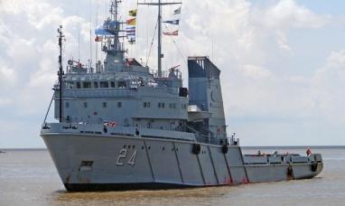 Tierra del Fuego: Un buque de la armada partió de Ushuaia con ayuda para comodoro Rivadavia