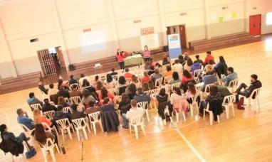 Tierra del Fuego: Capacitación del programa de prevención de las adicciones en el ámbito escolar