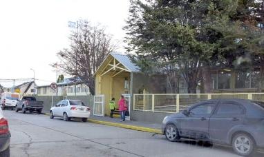 Tierra del Fuego: Desconocido se llevó a una menor de la puerta de un establecimiento educativo