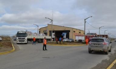 Tierra del Fuego: Desde Río Grande partió el camión con donaciones para comodoro Rivadavia