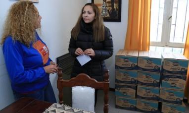 Tierra del Fuego: Entregaron más de 100 kilos de leche a la fundación CONIN