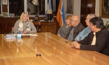 Tierra del Fuego: La gobernadora anunció medidas para incentivar la radicación de médicos