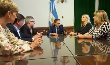 Tierra del Fuego: La gobernadora y el presidente del bloque de senadores del P.J. analizaron la reforma tarifaria y el impacto negativo en la industria